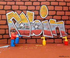 Smile and Enjoy your weekend!!!     #lego #legos #brickcentral #bricknetwork #stuckinplastic #bricksinfocus #minifigures #brickshift #instalego #toyslagram_lego #legophotography #brickpichub #toyartistry_lego #legophoto #toyphotography #brick_vision #legominifigures #Macrophoto #legogram #toyunion #macro #macrophotography #legolove #drawing  #legostagram #legographerid #toyphotogallery #graffiti  #toydiscovery  #robin @lego @Instagram