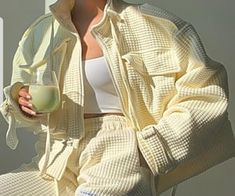 Look Fashion, Winter Fashion, Fashion Outfits, Fashion Tips, Classy Fashion, 70s Fashion, Fashion Quiz, Fashion Hacks, Chanel Fashion