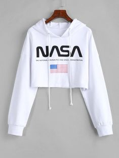 ZAFUL Drawstring American Flag Cropped Hoodie - ZAFUL Drawstring American Flag Cropped Hoodie USD Source by spotpopfashion - Hm Outfits, Cute Comfy Outfits, Crop Top Outfits, Cute Girl Outfits, Teenager Outfits, Outfits For Teens, Stylish Outfits, Girls Fashion Clothes, Teen Fashion Outfits