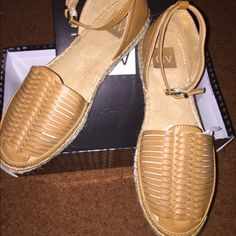 DV by Dolce Vita Skye Espadrille Flats Sz. 8 Super cute, stylish, and versatile...worn once DV by Dolce Vita Shoes Espadrilles