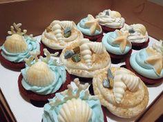 Beach Theme Cupcakes.