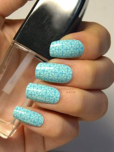 "Incoco Nail Strips in ""Mint Mojito"": Review and Swatches"