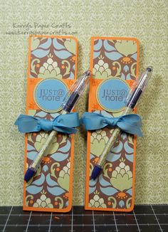 Tons of paper craft ideas!!!! I love the decorative paper rolled up and slipped inside of a ball point pen!  Clever!