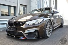 image of BMW M4 Pyritbraun M Performance 01 750x500
