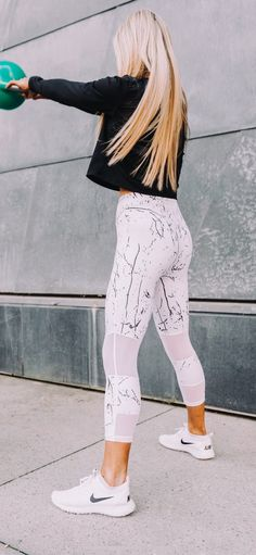 f6c504e1e0a07 Leggings Store, Women's Leggings, Printed Leggings, Business Women,  Clothing Size Chart, Casual Summer Outfits, Sporty, Style, Clothes For Women