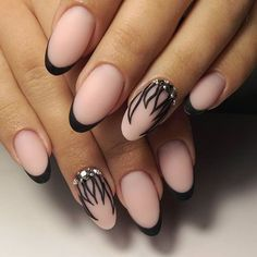 nude, black tips & graphic