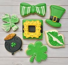 22 Ideas Holiday Treats For Work Sugar Cookies St Patrick's Day Cookies, Iced Cookies, Cut Out Cookies, Cute Cookies, Royal Icing Cookies, Holiday Cookies, Holiday Treats, Sugar Cookies, Irish Cookies