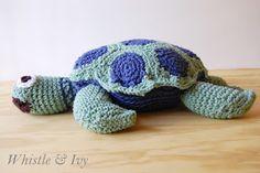 FREE sea turtle crochet pattern - Joanns Cape Discovery Crochet Sea Turtle - http://www.whistleandivy.com/2013/05/joanns-cape-discovery-crochet-sea-turtle.html