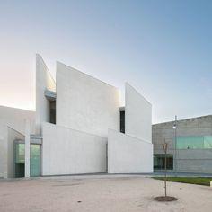 Health Faculty in Zaragoza by Taller Basico de Arquitectura #architecture