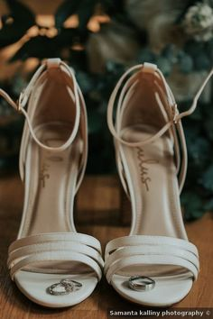Wedding shoes ideas - heels, straps, white, elegant, sandals {Samanta Kalliny Photography}