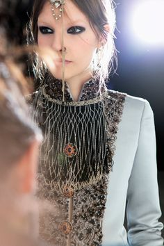 Love the details and textures within the fabric. Chanel Fittings. Paris-Bombay Metiers D'Art