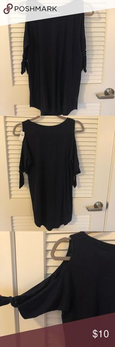 bc1a03a26f8a NWT Aerie Cold Shoulder Navy Jersey Knit Top Sz S NWT Aerie Cold Shoulder  Top.