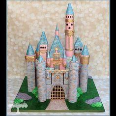 Disney Birthday Cake Ideas   POPSUGAR Moms Photo 30