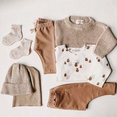 HEJLENKI.de neutral organic baby and kids wear Little Boy Fashion, Baby Boy Fashion, Toddler Fashion, Kids Fashion, Cute Baby Shoes, Cute Baby Clothes, Baby Orange, Hippie Baby, Gender Neutral Baby Clothes