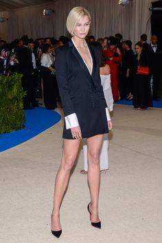 Karlie Kloss in Carolina Herrera at Met Gala in New York on May 1, 2017