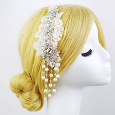 Hey, I found this really awesome Etsy listing at https://www.etsy.com/listing/172620740/vintage-flapper-style-rhinestone-lace