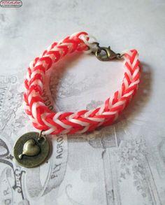 Loom Bands Armband Fischgrätmuster Herzanhänger