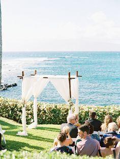 Photography: Wendy Laurel Photography - wendylaurel.com  Read More: http://www.stylemepretty.com/destination-weddings/2015/01/19/elegant-oceanside-maui-wedding/