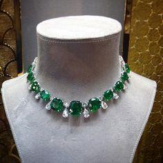 @angeloxdexluca. #memories #graffdiamonds #amazing #diamond #necklace#emerald
