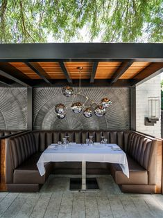10 Hottest Restaurants In Palm Springs