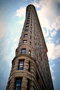 The Flatiron Building (Angle: Looking Upwards)