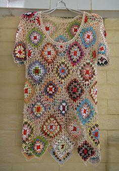 Short Sleeve Blouse Crochet Granny Square Top by Tinacrochetstudio Crochet Jumper, Black Crochet Dress, Crochet Blouse, Crochet Granny, Unique Crochet, Beautiful Crochet, Crochet Long Sleeve Tops, Crochet Tops, Granny Square