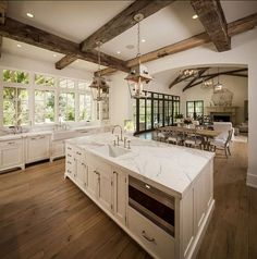 Splendid French Country Farmhouse Design Ideas country decorating kitchen country decorating on a budget country decorating bathroom french country decorating french country decorating Modern French Country, French Country Kitchens, French Country Farmhouse, Farmhouse Design, White Kitchens, Modern French Kitchen, Farmhouse Decor, Minimal Kitchen, Vintage Country
