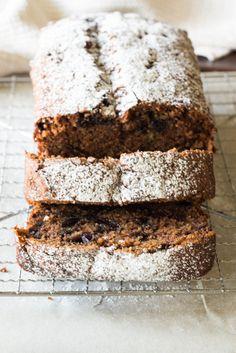 cinnamon blueberry banana bread