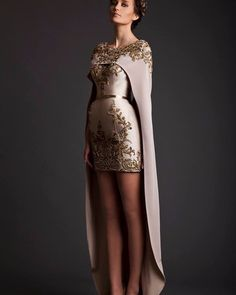 Arabic removable cape Dresses Short Front Long Back gold decals Evening Gowns O Neck Lace Embroidery with Shawl Evening Dress