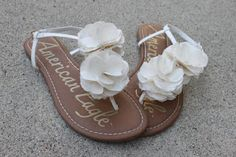 Oh. So. Lovely.: DIY Sandal Flowers- Tutorial