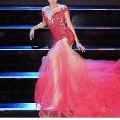 NADINE LUSTRE in @chico.estiva for the #MissManila2017 coronation night  .  Makeup • @jellyeugenio   Hair • @paulnebres   #teamMesmyrrhized ➖@carvey_sam @ziadelarosa  .  #StyledByMyrrh #mesmyrrhized @mesmyrrhized ©myrrhlaoto #MyrrhLaoTo  .  @nadzlustre #NadineLustre @vivaartistsagency @veroniquecorpus @miguellaureta @iamenzoportes #JaDineAtMissManila2017 #styleicon #fashionpowerhouse #nadinelustre #jamesreid #teamreal #jadine #Jadine💜 📸 @myrrhlaoto