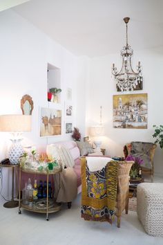 Colorful, Eclectic, Old-School Glamour in Cape Town — House Tour