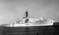 HMNZS Pukaki, ex HMS Loch Achanalt. Loch class frigate