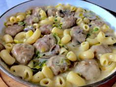 Pasta with meatballs in a mushroom and leek sauce - Obiady - Makaron Best Cookbooks, Polish Recipes, Polish Food, Kitchen Recipes, Pasta Salad, Vegan Recipes, Stuffed Mushrooms, Food And Drink, Favorite Recipes