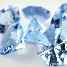 Carat Acrylic Diamond Table Scatter, 1-3/8-inch, 50-piece, Light Blue