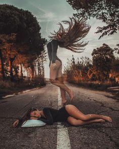 Dreamlike portrait photography by Joan Carol - . - Fantastic portrait photography by Joan Carol – … – – - Portrait Photography Tips, Levitation Photography, Surrealism Photography, Creative Photography, Exposure Photography, Photography Ideas, Water Photography, Magical Photography, Dream Photography