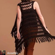 Which is easier crochet or knitting? As in other aspects of life, it took over the place of knitting craft associated with the invention of the knitti Gilet Crochet, Crochet Coat, Crochet Jacket, Crochet Cardigan, Crochet Shawl, Crochet Clothes, Crochet Girls, Easy Crochet, Fashion Wear