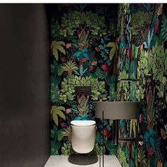 40 Cozy Small Powder Room Design Ideas - Home renovation 2019 , Small Downstairs Toilet, Small Toilet Room, Downstairs Cloakroom, Small Toilet Decor, Bathroom Inspiration, Interior Inspiration, Wallpaper Toilet, Cloakroom Wallpaper, Understairs Toilet