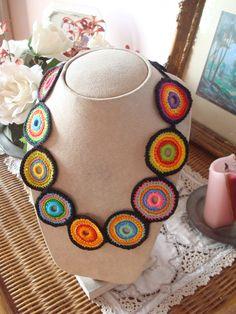 125a Collar tejido en crochet