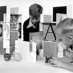House of Cards, un jeu par Charles & Ray Eames
