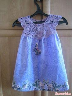 Making Stuff: Patchwork Dress With Crochet Yoke {Fat Quarter Project} Crochet Dress Girl, Knit Baby Dress, Crochet Girls, Crochet Baby Clothes, Crochet For Kids, Crochet Yoke, Crochet Fabric, Diy Dress, Little Girl Dresses