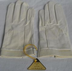 Arribas Vintage Ivory Driving Gloves Size 7-1/2 NWT Ships Free in the USA #DrivingGloves