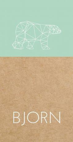 Uniek modern langwerpig geboortekaartje met een mint groene vlak op een kraft karton look achtergrond en een hippe geometrische ijsbeer voor een stoer jongetje.