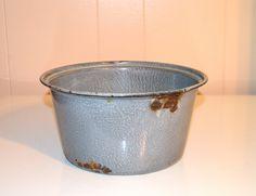 Enameled Graniteware Pan Speckled Gray Metal Pan by WVpickin
