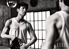 7 Striking photos of Lee Je Hoon that will make you an instant Tomorrow with You fan