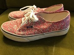 c73a35ca2cc4 Vans Pink Limited Edition Liberty Print Lace Up Sneakers Sneakers Size US 9  Regular (M