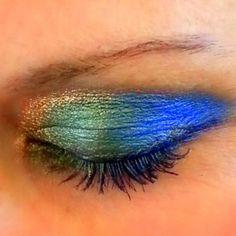 #Vegan #Eyeshadow Trio. Get this look. by #AddictiveCosmetics on Etsy, $19.99 #peacock #coolmakeup #makeuplooks #funmakeuplooks #crazymakeup #makeup #beauty