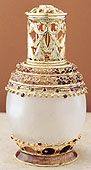 Jeweled Nostalgic - la tee da effusion fragrance lamps, fragrance oil burners make an excellent birthday gift, wedding gift, mother's day gift or anniversary gift. La Tee Da lamps are the perfect way to add scent to your home decor