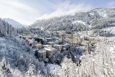 In case you were looking for winter wonderland: here it is! Austrian Ski Resorts, Bad Gastein, Aosta Valley, Italian Side, Wine Tasting Events, Zermatt, Ski And Snowboard, Great View, The Locals