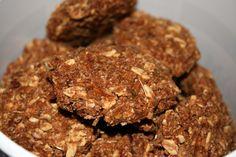 Zowel ik als de paarden zijn echte cookie monsters! Ik maak dan ook met regelmaat simpele koekjes voor ze om er eentje te geven na hun harde werk. Er zijn werkelijk waar 101 recepten, ik heb ook ec…